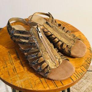 Aerosoles Snake Print Zip Wedge Sandals Shoes 8.5